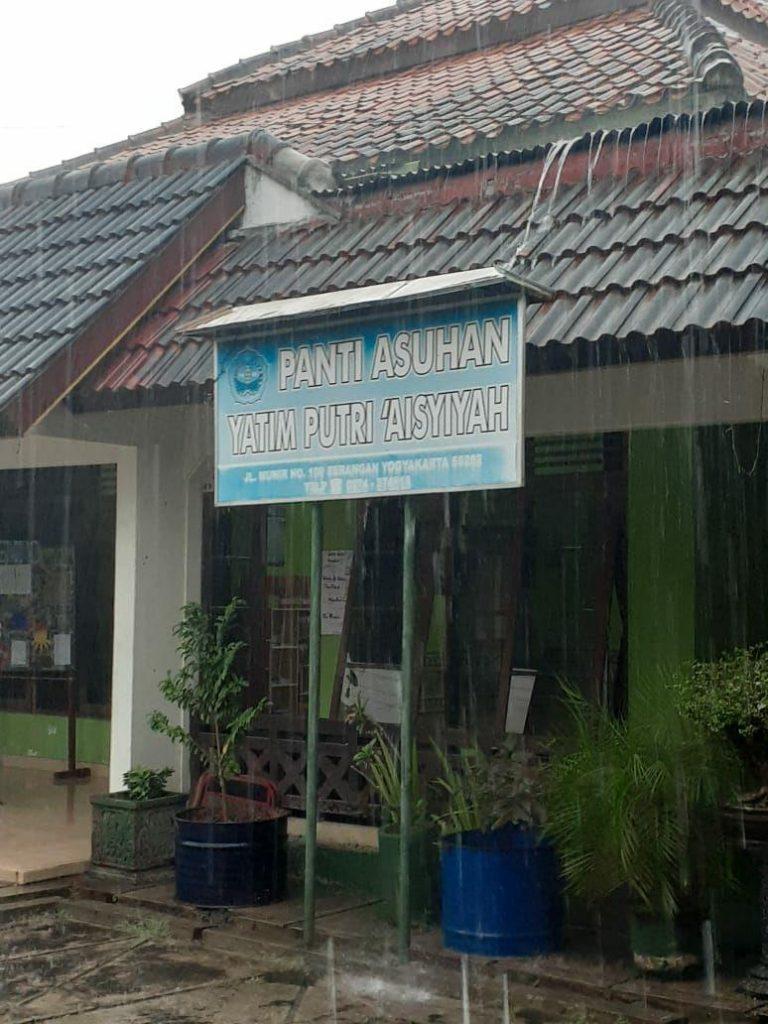PANTI ASUHAN YATIM PUTRI AISYIAH JOGJA KARTA DAN INDONESIA